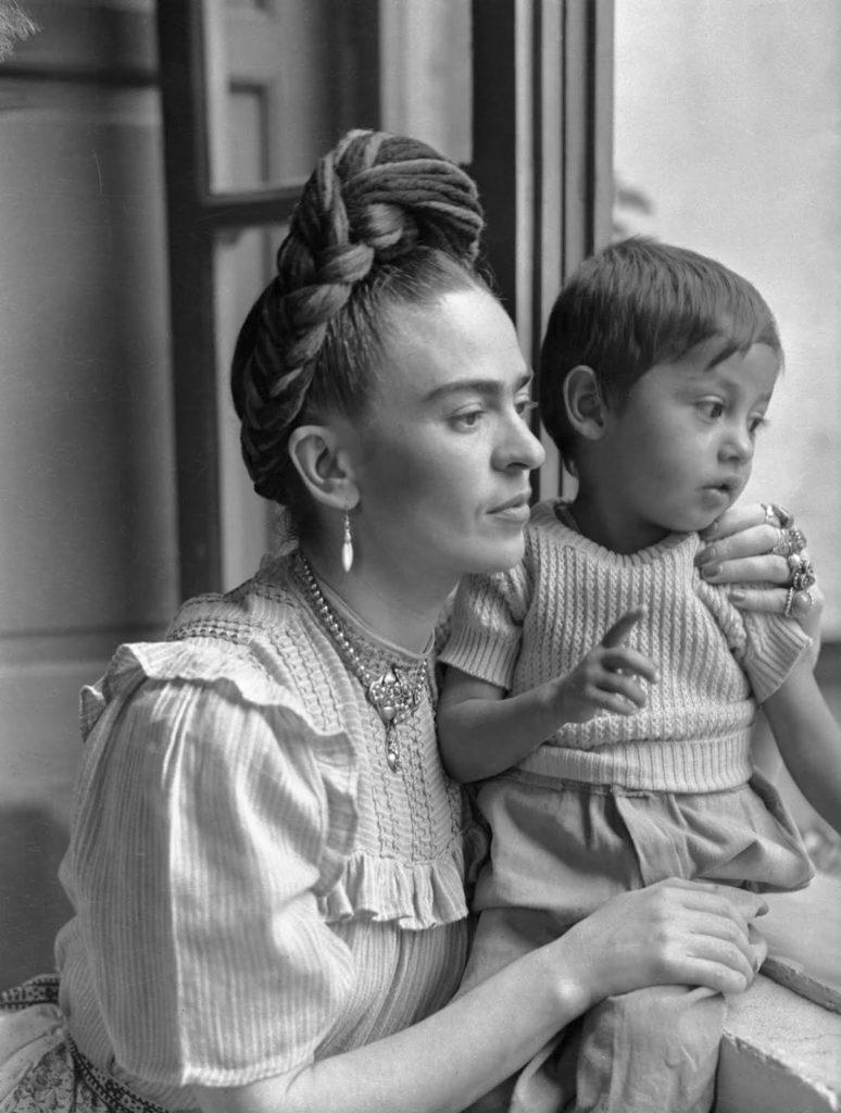 Фрида Кало до того, как стала известна, 1944