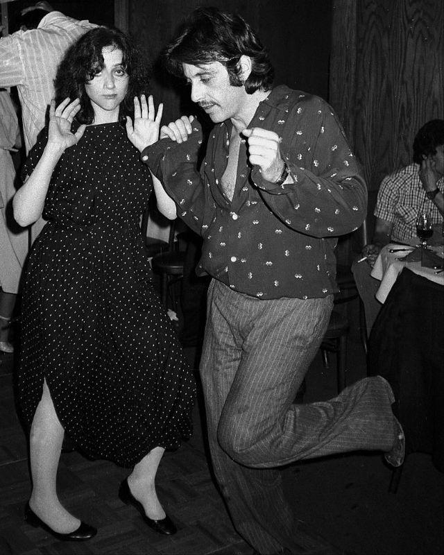 Аль Пачино на танцполе после завершения съемок в своем последнем фильме, 1978 год.