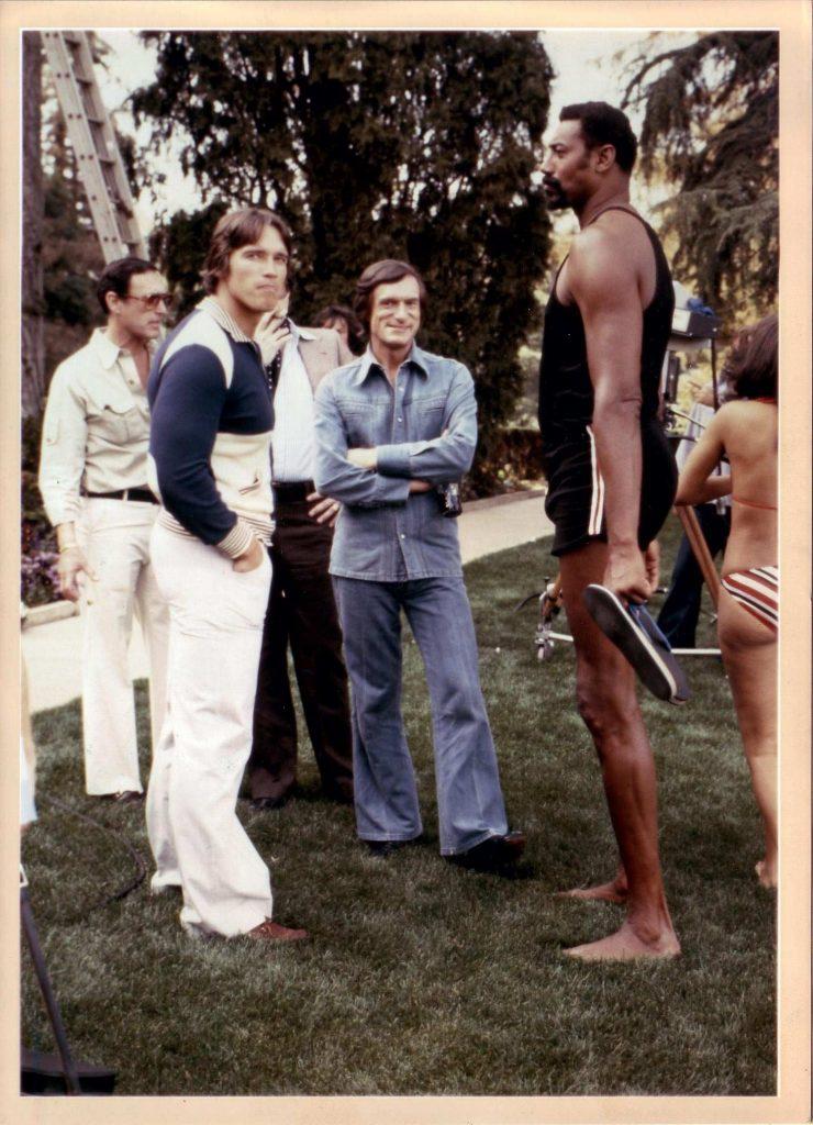 Арни, Хью Хеффнер (основатель Playboy) и Уилт Чемберлен (баскетболист) - идеальное Трио.