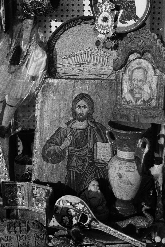 Иконы на блошином рынке, 1973 год.
