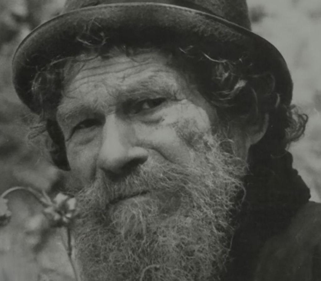Это Карп Лыков – человек, который привел свою семью в сибирскую тайгу, чтобы сбежать от большевиков.