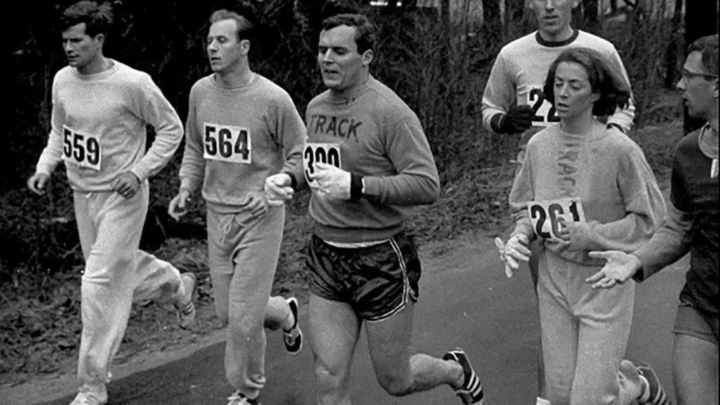 Катрин во время Бостонского марафона, 1967 год.