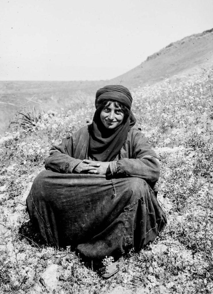 Женщина - бедуин, 1898 год.