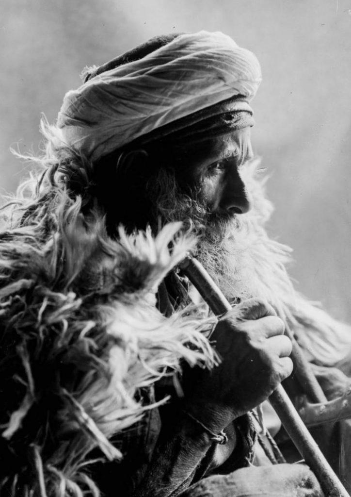 Пожилой мужчина - бедуин, 1898 год.