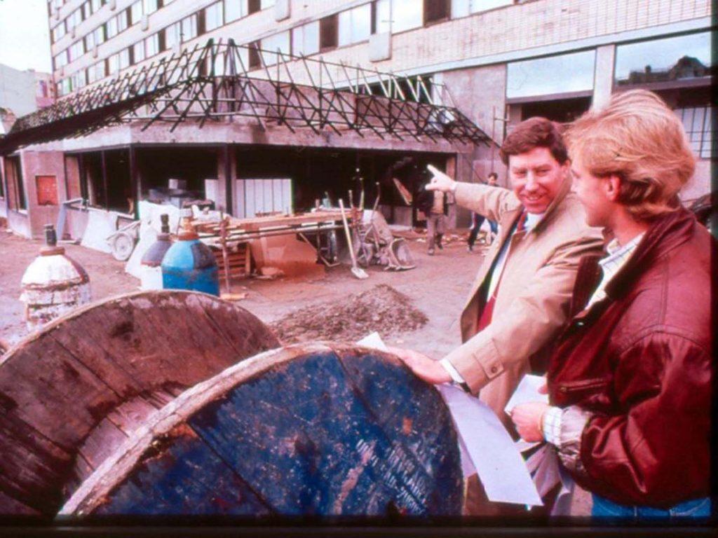 Предприятие вело переговоры с советскими чиновниками с 1976 года.