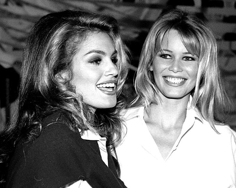 Синди Кроуфорд и Клаудия Шиффер. На приеме Ревлон в Four Seasons, сентябрь 1992 г.