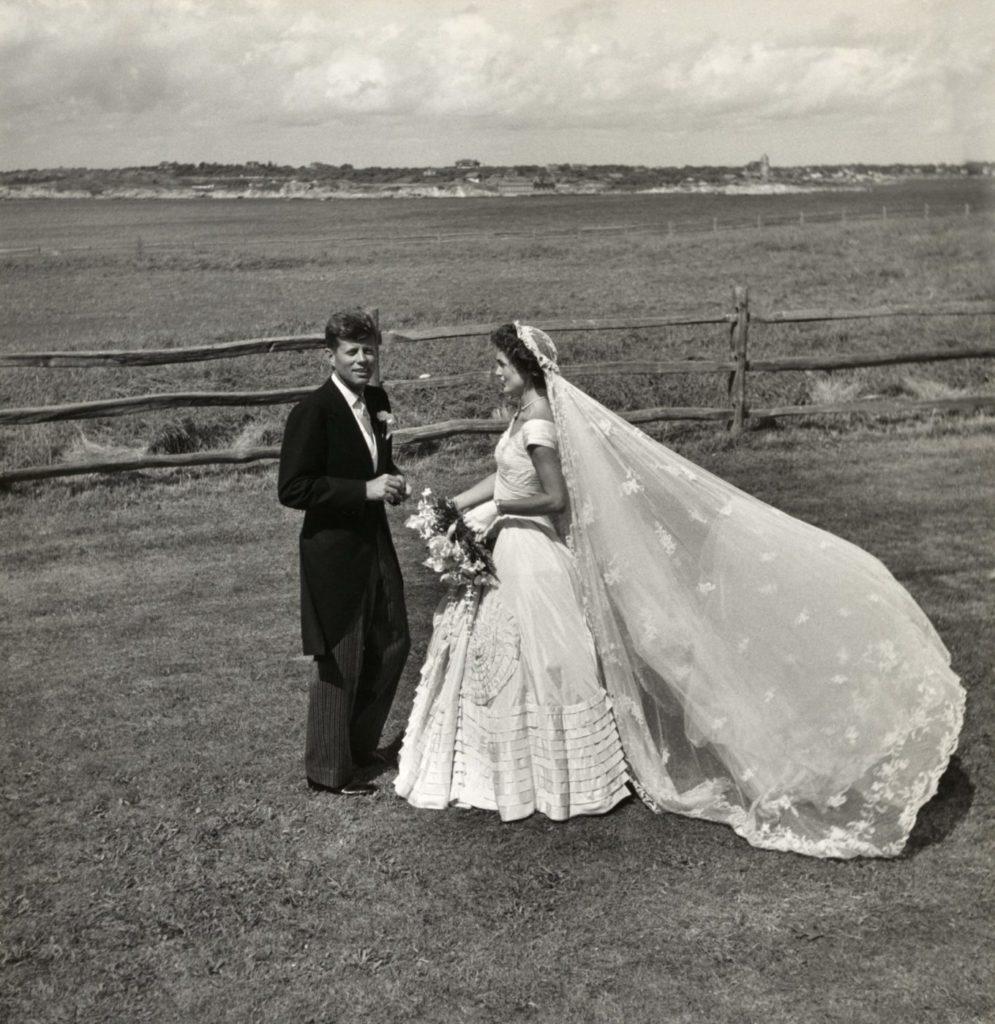 Жаклин Кеннеди и ее свадебное платье.