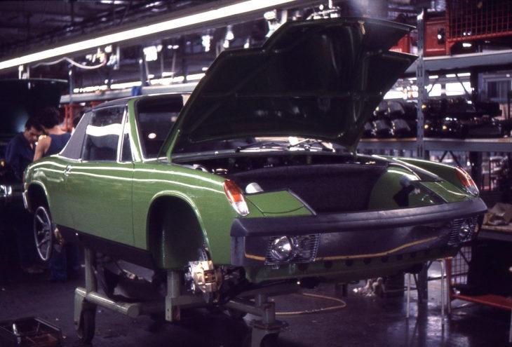 Модель 914/6 была собрана в Цуффенхаузене, но массово на рынок не поставлялась.