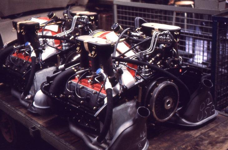 Двигатели с впрыском топлива для рынка США, 1970 год.