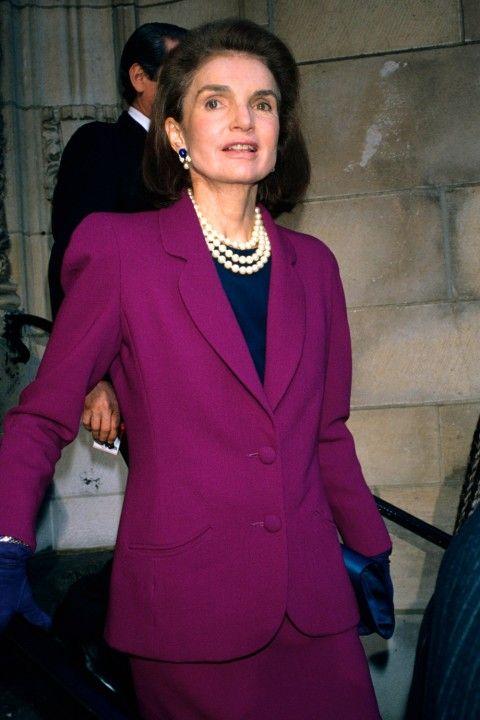 Жаклин Кеннеди в возрасте такая же элегантная и стильная.