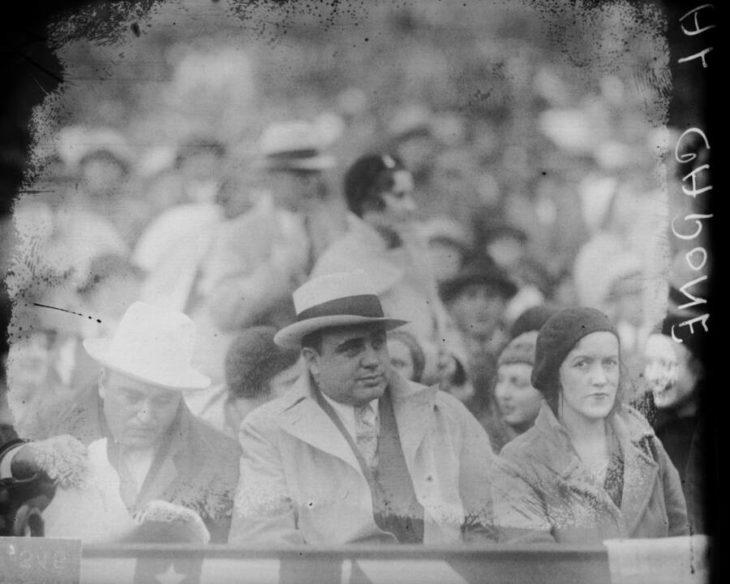 Аль Капоне на бейсбольном матче в 1931 году. Источник: Chicago Sun-Times/Chicago Daily News collection/Chicago History Museum/Getty Images