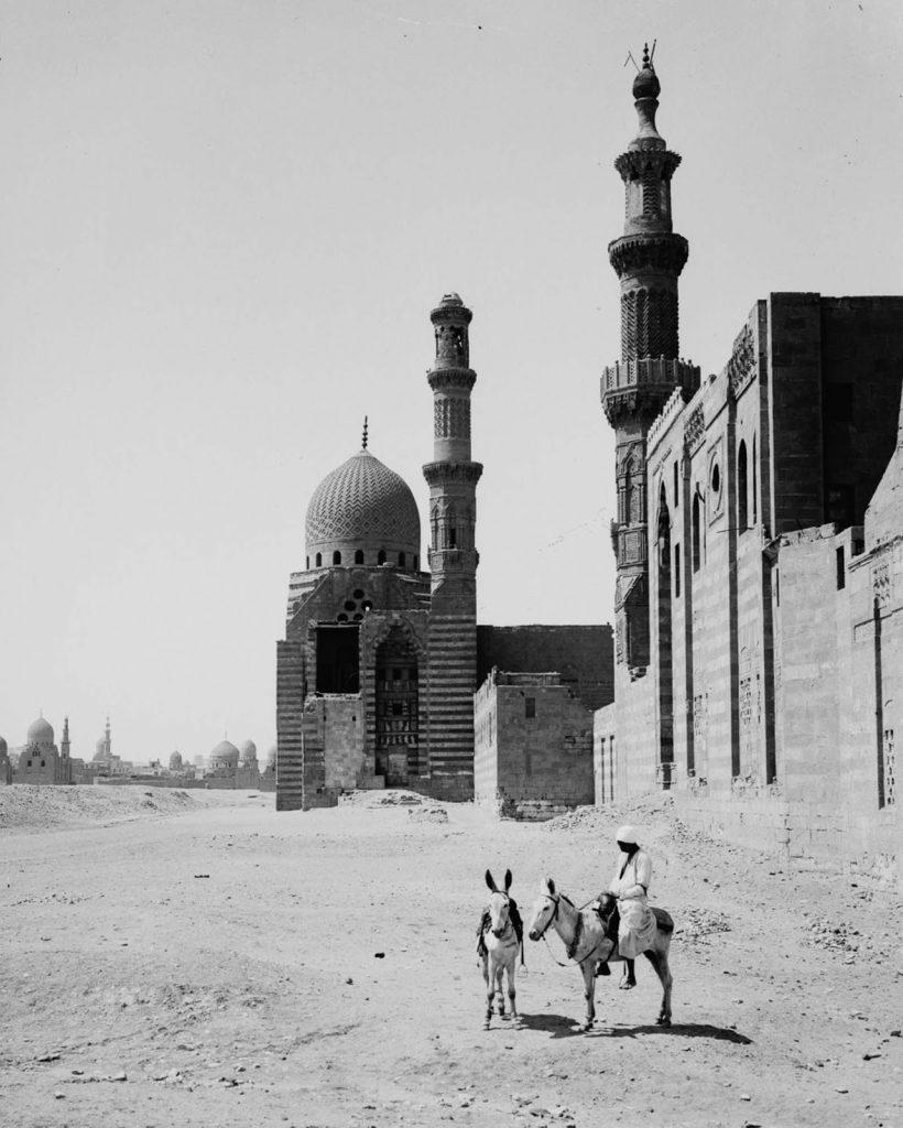 Медресе-мечеть султана Барсбоя аль-Ашрафа, 1900 год. Источник: Library of Congress