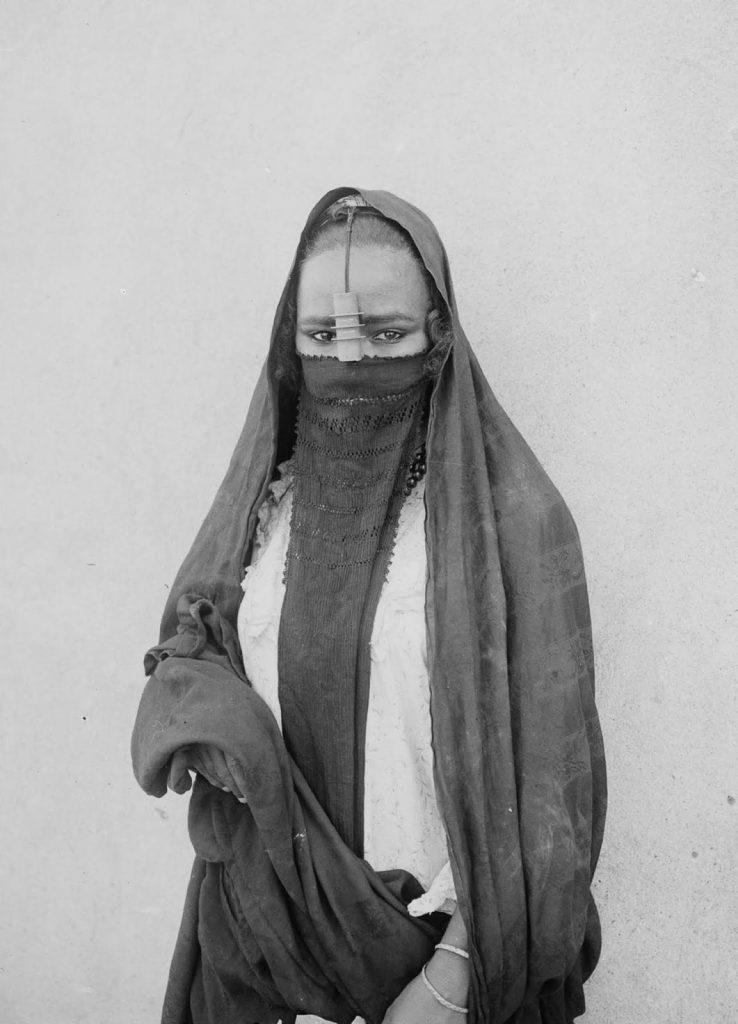Женщина из Каира, 1900 год. Источник: Library of Congress