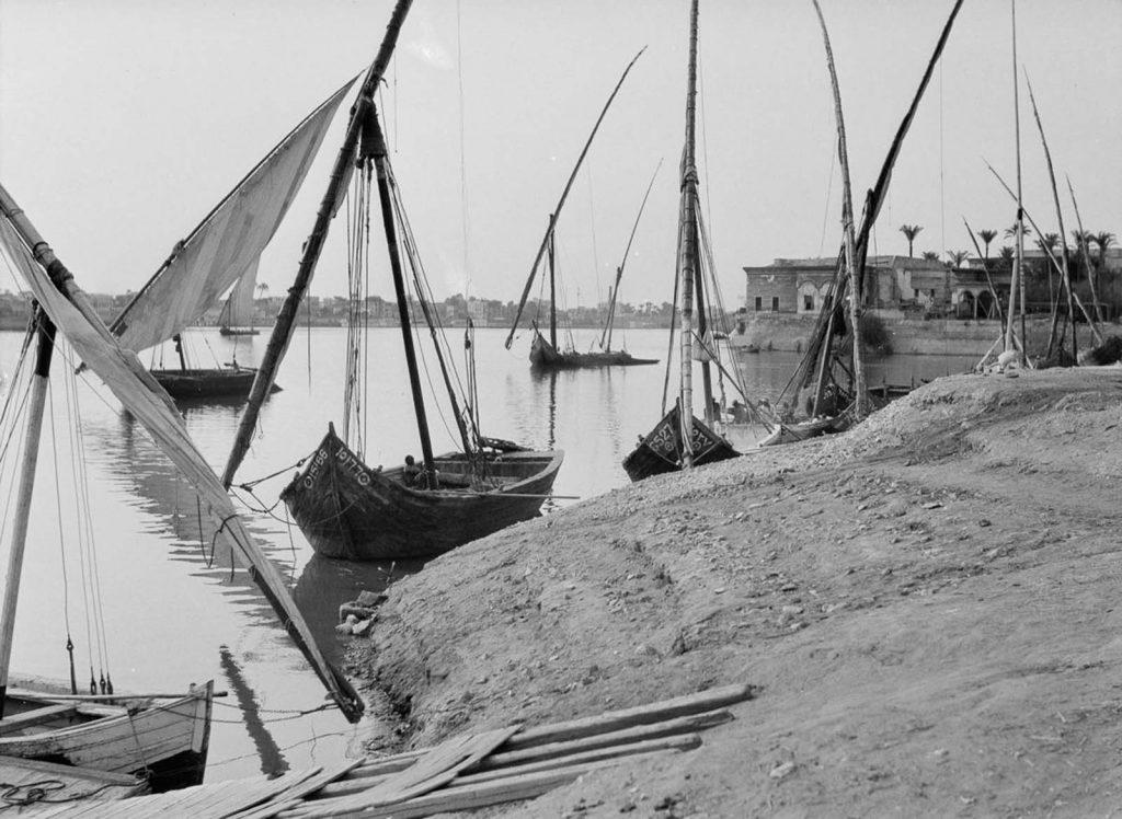 Каир - оживленные улицы старого города, 1900-1935 годы