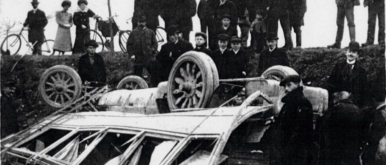 Первая автобусная авария в Чехии, 1908 год Laurin & Klement HOS.