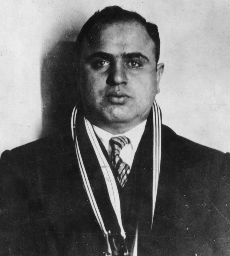 Портрет Аль Капоне через год после того, как он стал главой чикагской мафии. 1926 год. Источник: Hulton Archive/Getty Images
