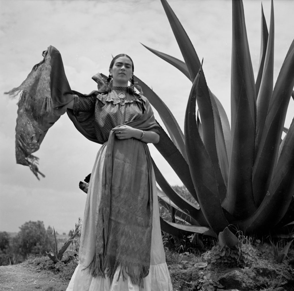 Фрида Кало, 1937 год. Фотограф Тони Фрисселл