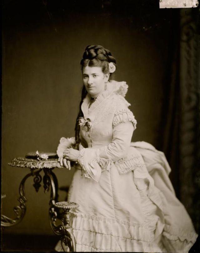Миссис Соломон, Студия братьев Фримен, 1871-1880 гг.