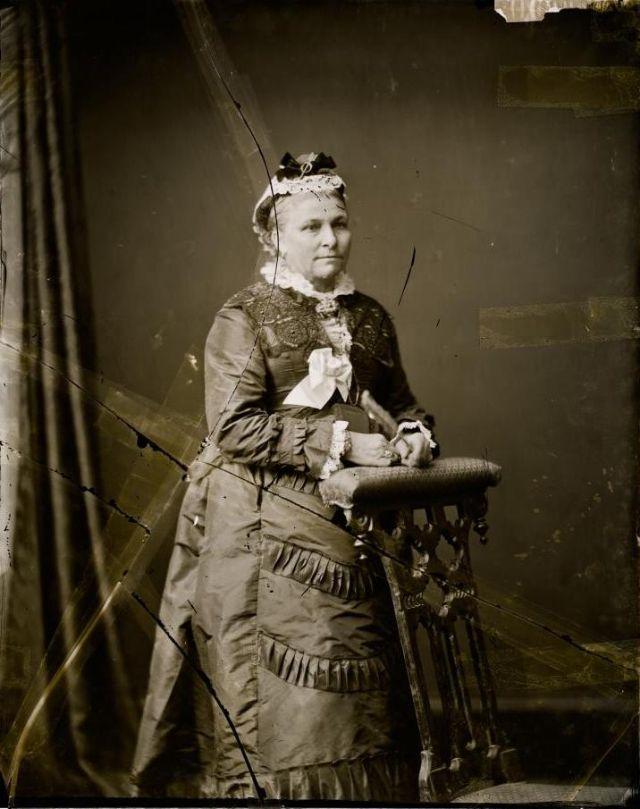 Портрет неизвестной женщины, студия братьев Фримен, 1871-1880 гг.