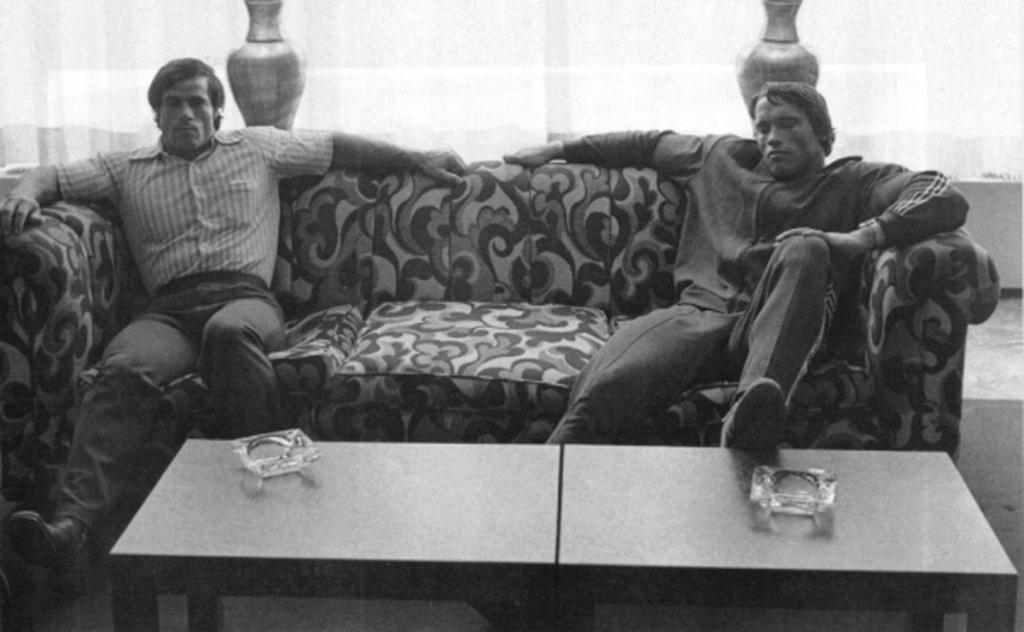 Легенды бодибилдинга: Шварценеггер и Франко.