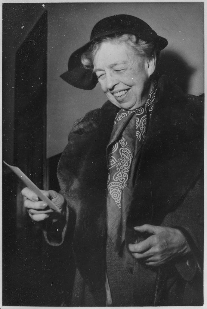 Элеонора Рузвельт - американская общественная деятельница, супруга 32-го президента США Франклина Делано Рузвельта. Источник: Wikipedia