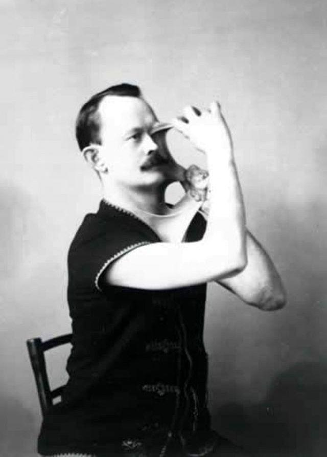Джеймс Моррис - «Резиновый человек»
