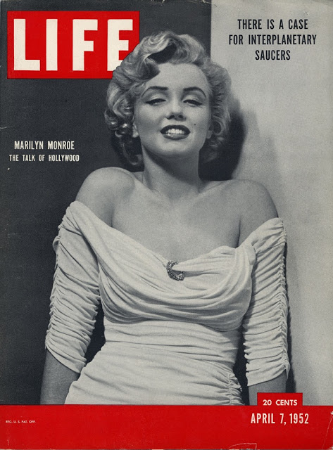 Журнал LIFE, 7 апреля 1952 года. Дебют Мэрилин Монро на обложке журнала, фото Филиппа Халсмана.