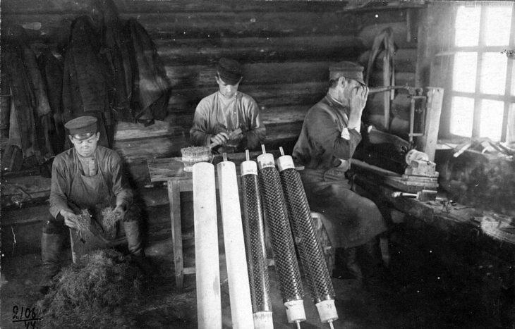 Щеточное производство, начало XX века.