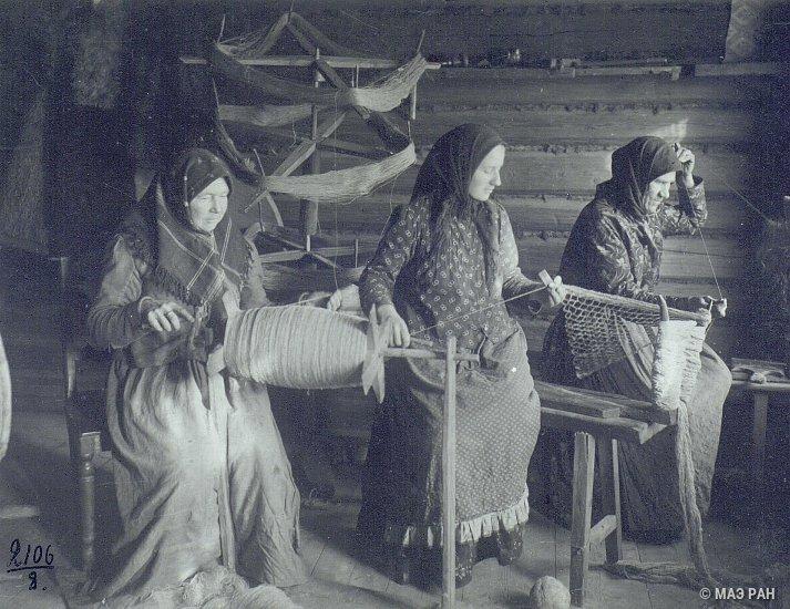 Вязание сети, начало XX века.