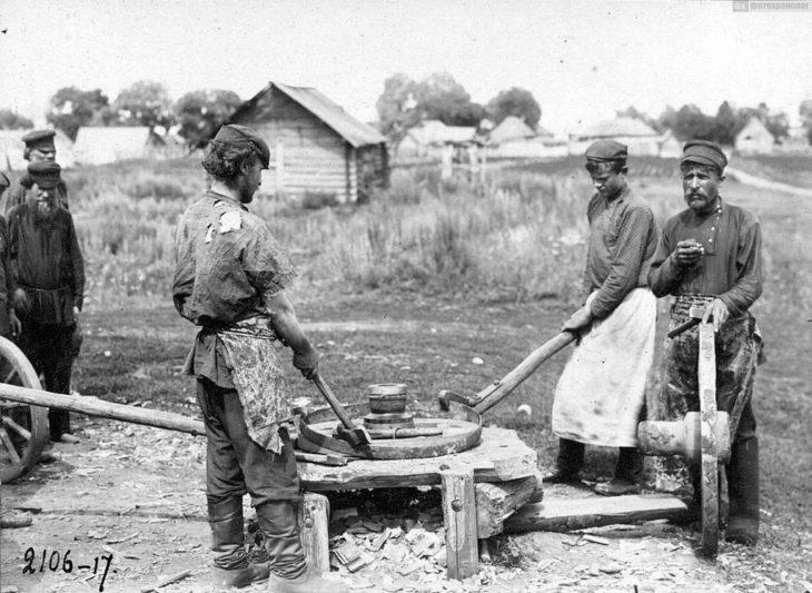 Кузнечный промысел, начало XX века.