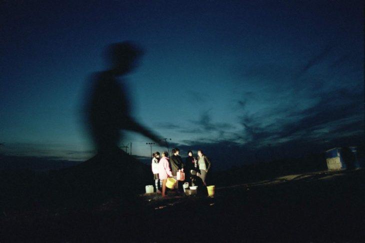 Лагерь для беженцев в посёлке Орджоникидзевское, Ингушетия, март 2002 года.