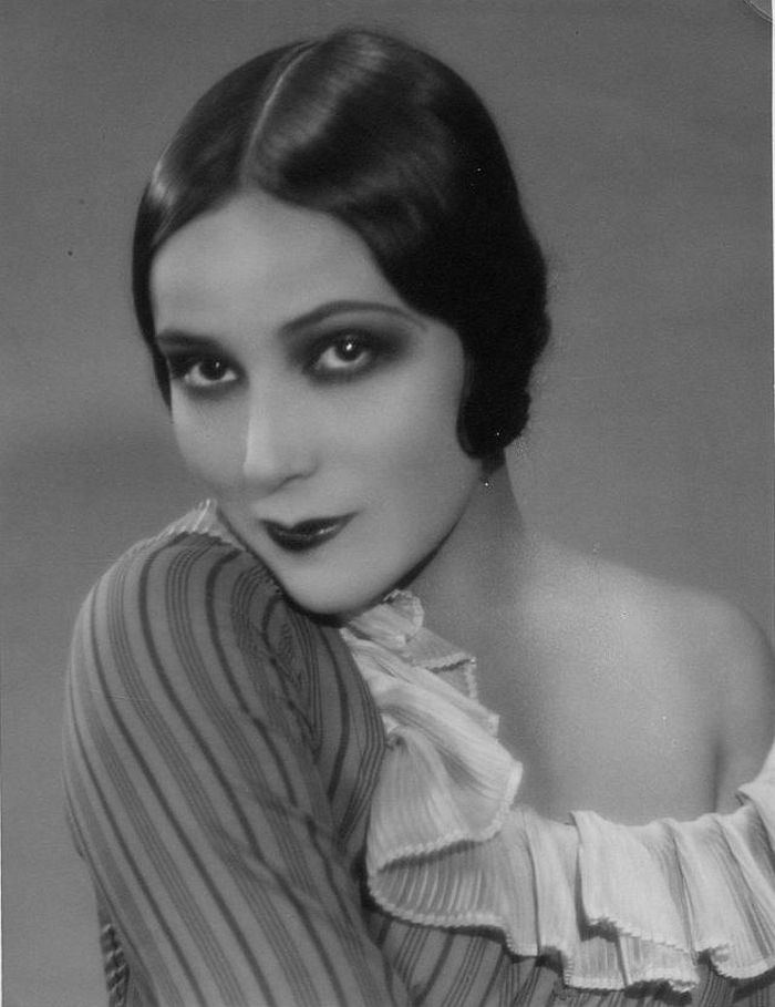 Долорес дель Рио, около 1927 года. Фотограф: Рут Харриет Луиза