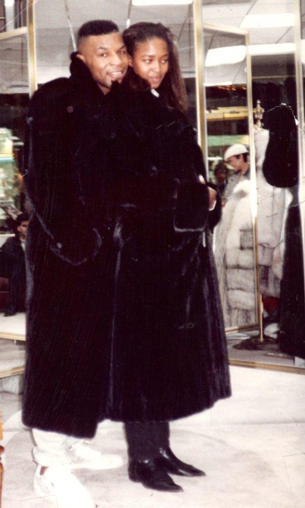 Майк и Наоми Кэмпбелл, 1989 год.