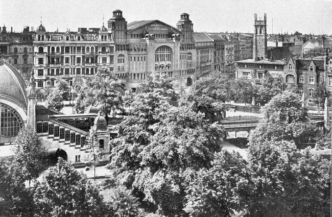 Метрополь или театр на Ноллендорфплац в Берлине в 1906 году.